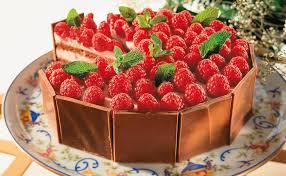 himbeer obers torte mit schokolade
