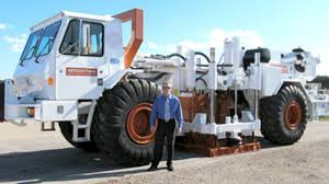 100 Thumper Truck This Shakes The Ground So Hard It Can Simulate Earthquakes