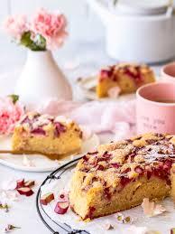 schneller rhabarber schmand kuchen s lieblingsstücke