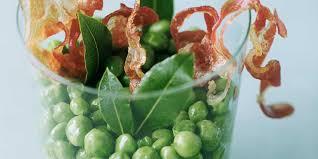 cuisiner petits pois frais petits pois frais au bacon et au laurier facile et pas cher