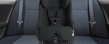 choisir siege auto b comment choisir un siège d auto canadian tire
