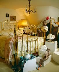 altmessingbett im schlafzimmer mit bild kaufen 718237