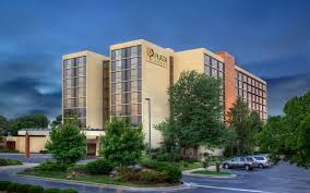 100 Hotels In Page Utah In Springfield MO Photos University Plaza Hotel