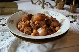 apprendre a cuisiner algerien khammourya plat de viande aux oignons et vinaigre un peu de
