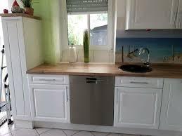 küche weiss hochglanz mit 2 verschiedenen arbeitsplatten