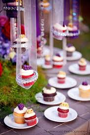 Creative Ways To Display Cupcakes At Your Wedding