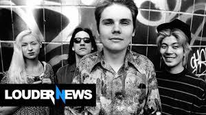 Smashing Pumpkins Guitarist Female by Billy Corgan Talks With Original Smashing Pumpkins For A Reunion