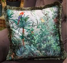 casa padrino luxus deko kissen dschungel papageien mehrfarbig grün 45 x 45 cm bedrucktes samt kissen mit fransen wohnzimmer deko accessoires