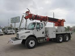Digger Derrick Trucks | Atlas Truck Sales, Inc.