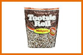 Best Halloween Candy To Give Out by Healthy Halloween Candy Choices Reader U0027s Digest Reader U0027s Digest