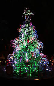 Chicago Christmas Tree Recycling by 71 Best Christmas Tree Images On Pinterest Christmas Lights