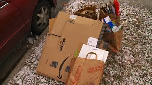 New York City Christmas Tree Disposal 2015 by Police Post Christmas Thieves Target Homes With Electronics Boxes