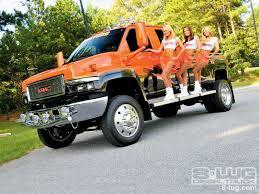 2008 GMC Topkick 4500 - Hooters - Custom GMC Trucks - 8-Lug Magazine