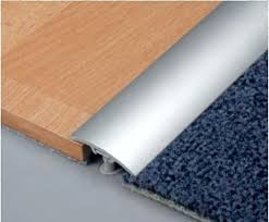 Flooring Transition Strips Wood To Tile by Installing A Transition Strip How To Install A Cinch Floor