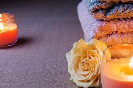serviettes et bougies allumées télécharger des photos gratuitement