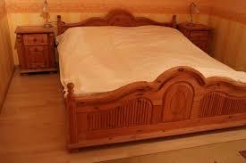 hochwertiges schlafzimmer aus massivholz