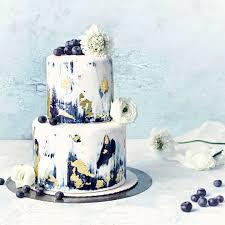 fondant torte mit blaubeeren