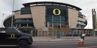 Oregon Mascot Pulls Truck In Response To Florida DB Trolling Tennessee The Duck Truck Spitalfields Ldon England Great Walk Through Oregon Uploaded By George Bunch T Mack Rs 700 Rubber V120718 Ats Mod Fluvarium On Twitter 2018 Big Shout Out To Book The Lets Quack Extreme Racing Claiborne Hauling Llc 2007 Scrap Mechanic Gameplay Ep55 Fan Creation Feds Axle From Duck Boat In Deadly Crash Sheared Off Naples Herald Dub Magazine Willie Robertson The Truck Commander