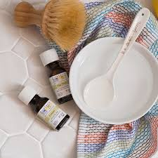 tile floor cleaner with lemon and tea tree essential oils