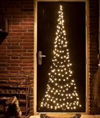 Flagpole Christmas Tree Uk by Christmas Decoration And Lighting For Shops Christmas Trees At