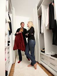 begehbarer kleiderschrank tipps zum selber bauen berlin de