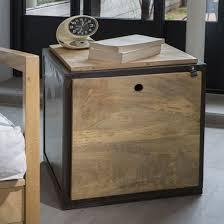 coffre canapé bout de canapé en manguier et métal noir cube guibox decoclico