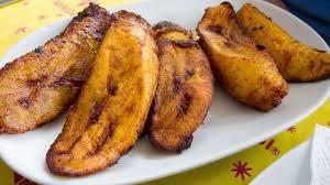 cuisiner des bananes plantain bananes plantain frites kelewele recette par streetfood et