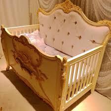 luxus luxus luxus antike holz baby cradle mit gold buy antike baby möbel baby bett bett baby krippe antike baby möbel und baby holz bett product on