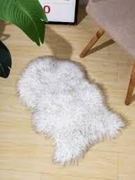 schlafzimmer kunstpelz teppich