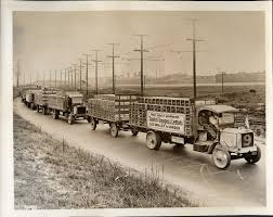 100 Packard Trucks Caravan Of Early 1900s Trucks Fully Loaded And Pulling Extra