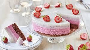 erdbeer ombré cake mit schokoboden