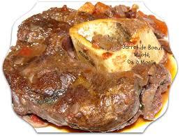cuisiner du jarret de boeuf jarret de boeuf mijoté avec des os à moelle miechambo cuisine