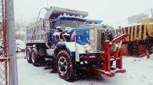 100 Trucks In Snow Autocar On Twitter Just In Case Yall Were Getting Cozy