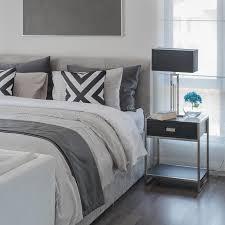 chambre avec lit noir chambre avec lit noir stunning chambre lit noir lit design noir