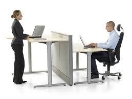 bureau à hauteur variable table ergonomique reglable en hauteur