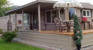Mobile Homes More Than 20 Years Old Often Sell At A Steep Discount To Their Original Price So Buying An Older Home And Remodeling It Instead Of Paying The