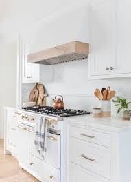 21 White Kitchen Cabinets Ideas 17 White Kitchen Cabinet Ideas Paint Colors And Hardware