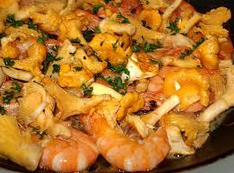 comment cuisiner les girolles fraiches recette girolles des vitamines dans la casserole