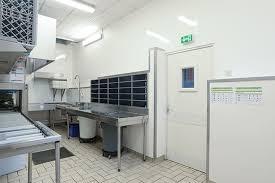 cuisine professionnelle revetement et agencement mural et plafond pour cuisine
