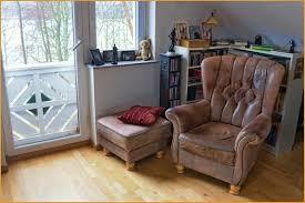 rénover canapé cuir canapé abimé meilleurs choix rénover un vieux fauteuil en cuir