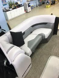 Crest Pontoon Captains Chair by 2017 Crest Caliber 230 Slr2 Willis Texas Boats Com