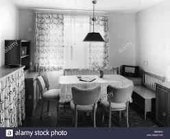 wohnung esszimmer wohnbereich mit radio 1950er 50er