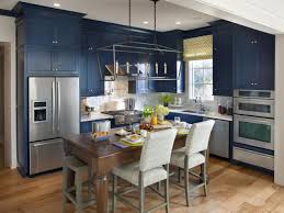 Awesome Hgtv Kitchens Design Ideas With Elegant Touch Stainless Fridge For Modern Kitchen Decor Plus