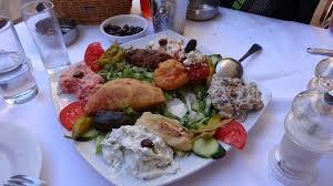 cuisine typique plat typique grecque picture of semiramis restaurant chania