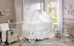 fauteuil maman pour chambre bébé fauteuil pour chambre fille pas cher allaite maman maison du monde
