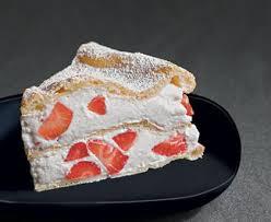 tarte en pâte à choux fourrée aux fraises recette de tarte en