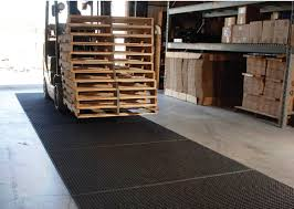 Warehouse Floor Mats | Rubber Truck Mats For Floor