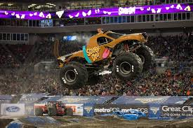 100 Monster Trucks Cleveland ScoobyDoo Jam