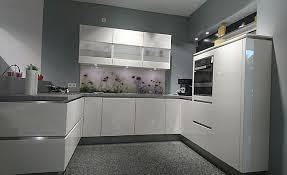 häcker musterküche classic faro g324 grifflose küche weiß