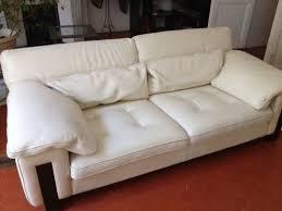 entretien canap en cuir nettoyage et entretien canapé cuir sur marseille mialane services